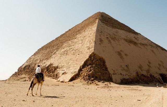 Ученые впервые использовали космические лучи для исследования пирамиды