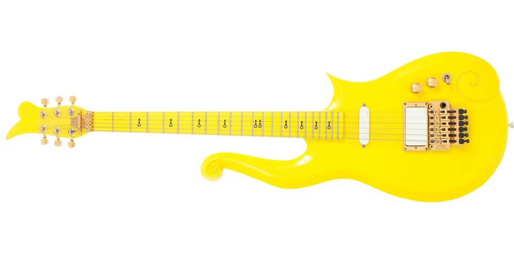 В Лос Анджелесе на аукционе продадут уникальную гитару музыканта Принса