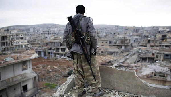 ВСирии исламские террористы экстремистской группировки запретили жителям Ракки покидать город