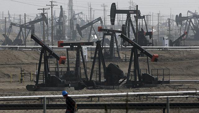 Нефть пробила потолок в $46