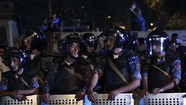 Армянские полицейские попали в«черный список» посольства США