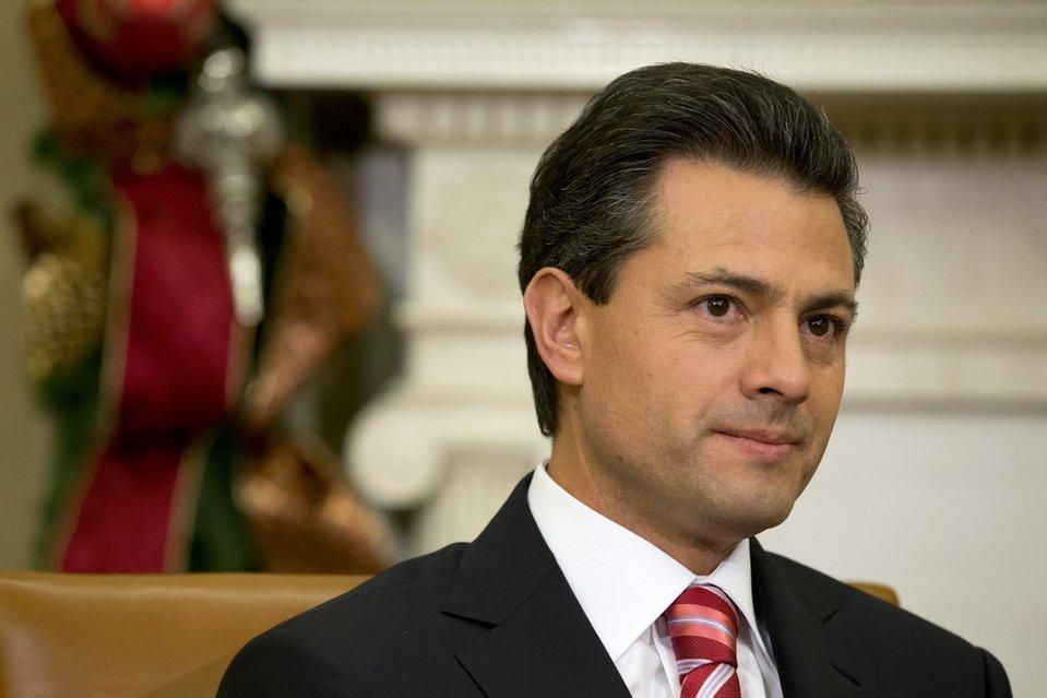 Президент Мексики Ньето желает увидеться сТрампом