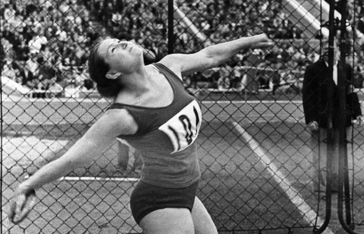 Ушла изжизни первая олимпийская чемпионка СССР Нина Пономарева