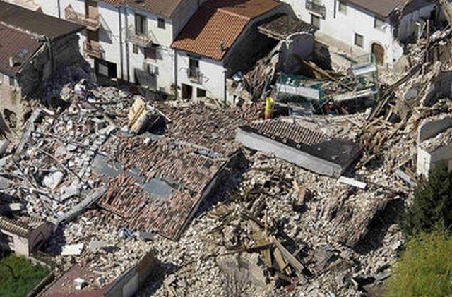 Число погибших землетрясения вИталии превысило 70 человек иможет возрасти