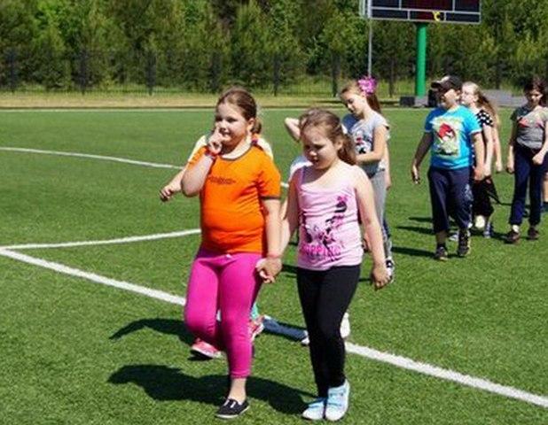Ученые из Великобритании выяснили почему подростки внезапно толстеют