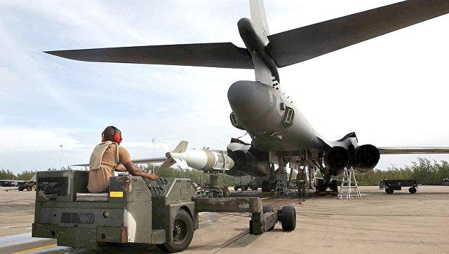 Стратегические бомбардировщики США изГуама совершили облет Южной Кореи