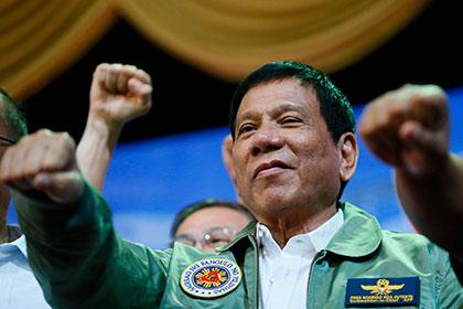 Президент Филиппин нецензурно «послал» EC
