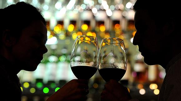 Реклама алкоголя может вернуться вСМИ