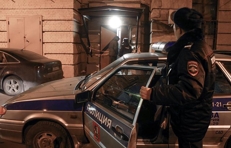 В столице убили мужчину иженщину изпистолета сглушителем