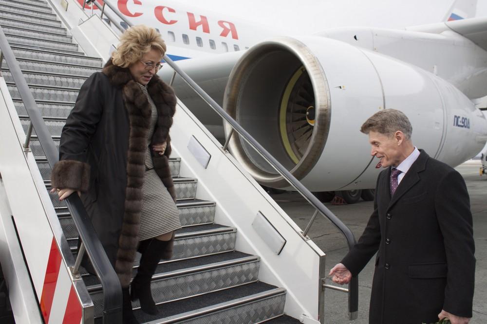 Матвиенко раскритиковала власти Сахалина— Бездорожье игрязь