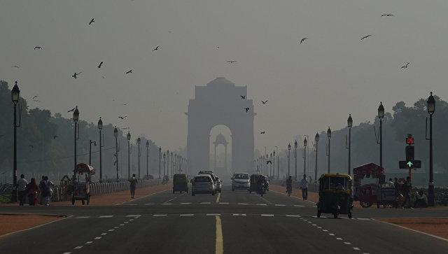 Индия: Дели окутан смогом после фестиваля огней Дивали