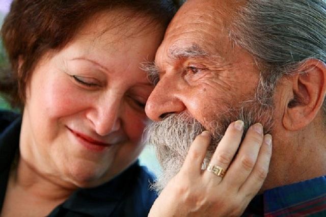 Женская сексуальность сохраняется даже после 70 лет— ученые