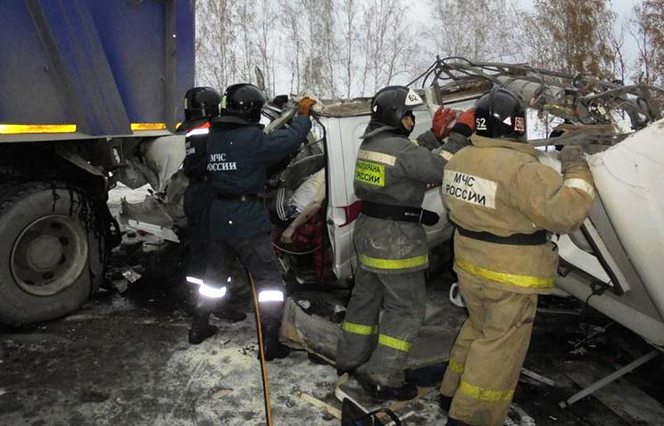Десять детей-акробатов погибли надороге Тюмень— Ханты-Мансийск