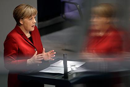Меркель призвала запретить паранджу вГермании