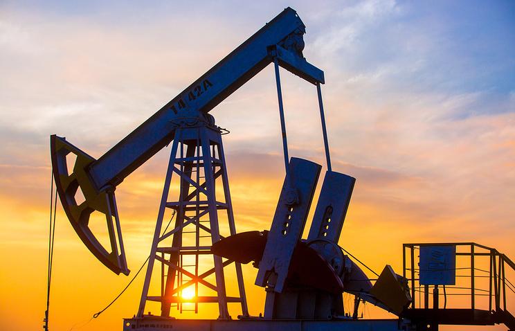 ОПЕК и РФ договорились оформуле сокращения добычи нефти нашесть месяцев