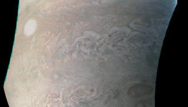 Зонд Juno запечатлел на Юпитере жемчужину