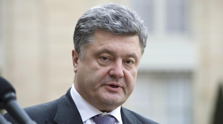 Петр Порошенко принял решение помиловать девять пленных ЛНР иДНР