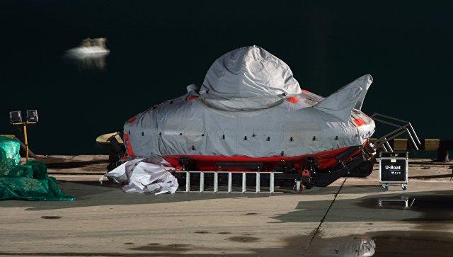 Cотрудники экстренных служб отыскали еще три тела жертв крушения Ту-154 над темным морем